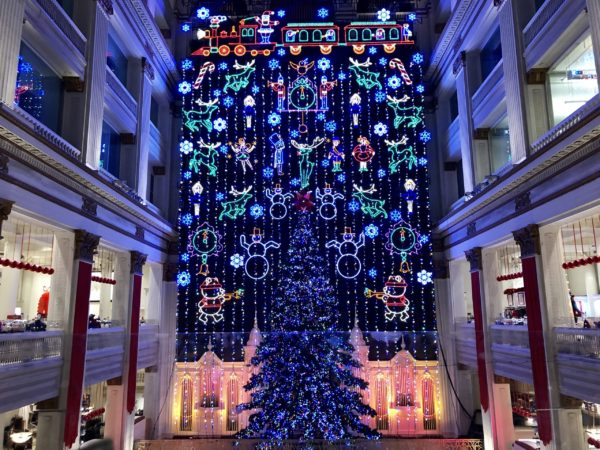 Lonely Planet - 8 reasons you should spend Christmas in Philadelphia