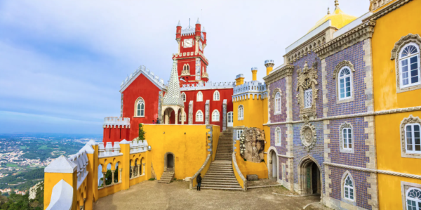 Lonely Planet - How to spend a weekend among the fairytale palaces of Portugal's Sintra